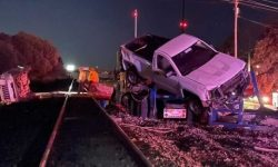 In the United States, a train rammed a car carrier (video)